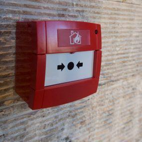 Sistema de incêndio: 6 itens indispensáveis para garantir sua proteção