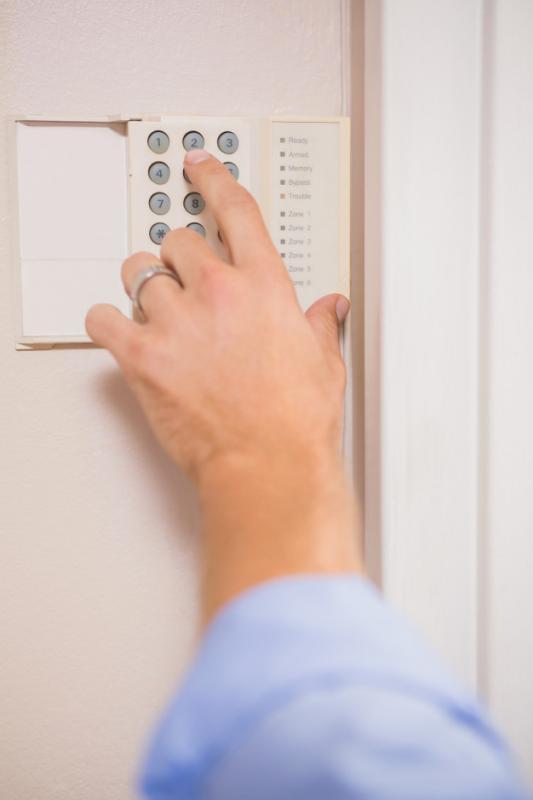 Cerca eletrica com alarme